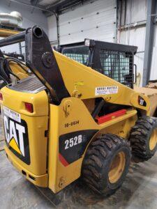 used skid steer cat 252B rental equipment